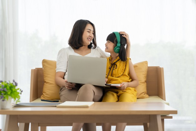 5 Tips To Support Your Child To Learn Online At Home